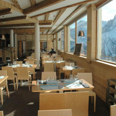 https://chevallier-architectes.fr/content/uploads/2016/05/Salle-restaurant-intérieure-450x450.jpg