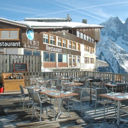 https://chevallier-architectes.fr/content/uploads/2016/05/Terrasse-restaurant-450x450.jpg