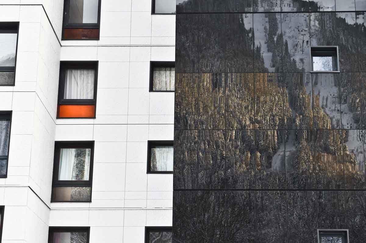 https://chevallier-architectes.fr/content/uploads/2016/07/Outa-Chamonix-1-1200x799.jpg