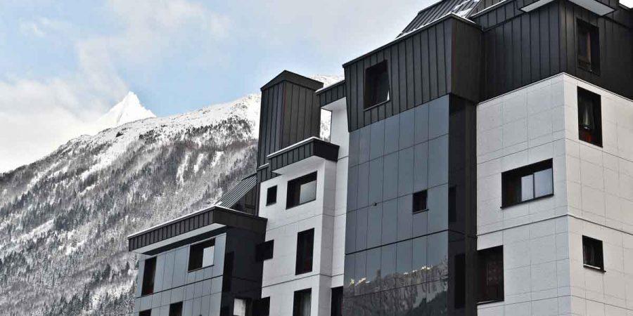 https://chevallier-architectes.fr/content/uploads/2016/07/Outa-Chamonix-24-900x450.jpg
