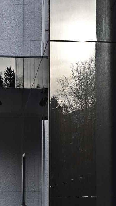 https://chevallier-architectes.fr/content/uploads/2016/07/Outa-Chamonix-26-450x799.jpg
