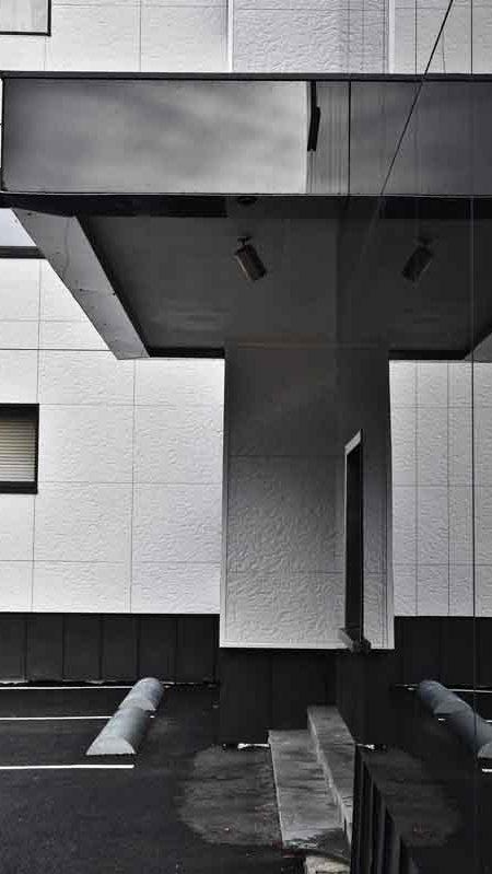 https://chevallier-architectes.fr/content/uploads/2016/07/Outa-Chamonix-4-450x799.jpg