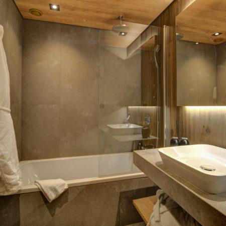 https://chevallier-architectes.fr/content/uploads/2018/10/Alpina-nouveau-Chamonix14-450x450.jpg