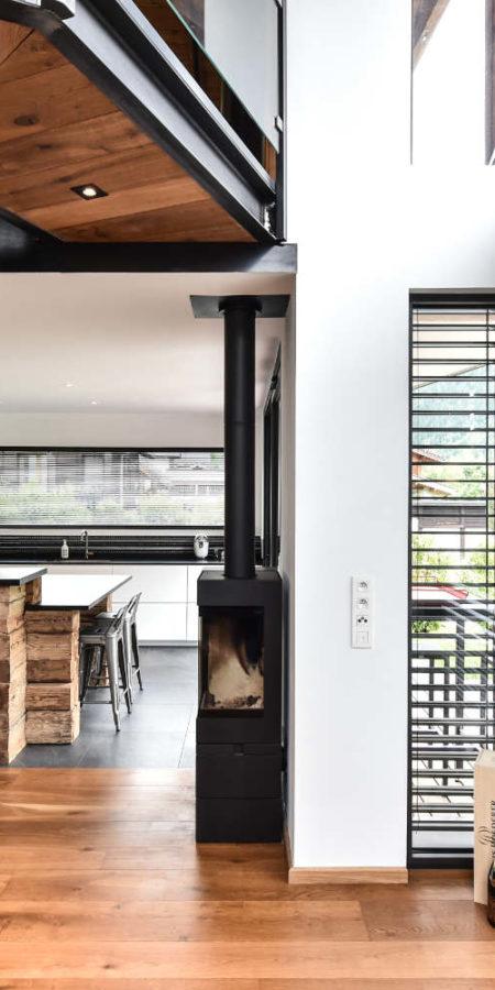 https://chevallier-architectes.fr/content/uploads/2019/07/Chalet-Beker17-450x900.jpg