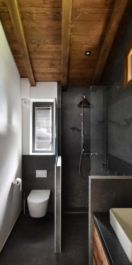 https://chevallier-architectes.fr/content/uploads/2019/07/Chalet-Beker30-450x900.jpg