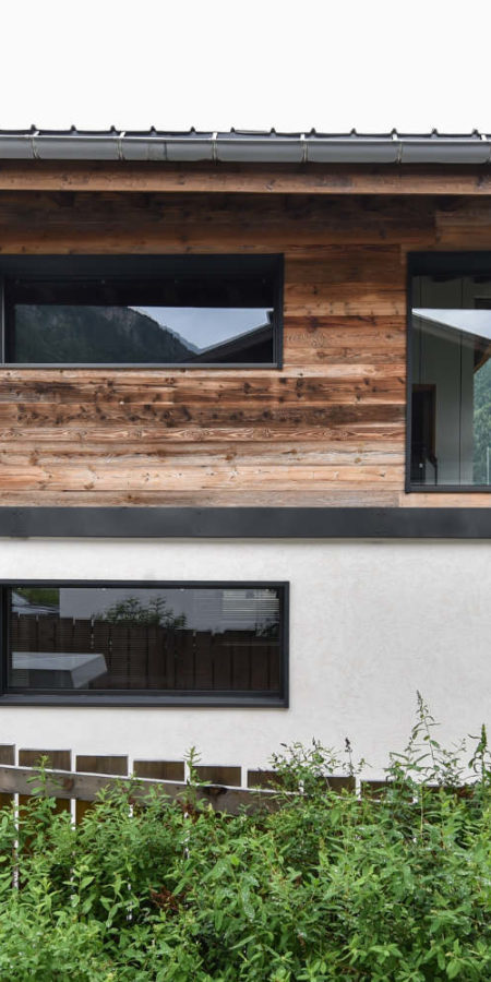 https://chevallier-architectes.fr/content/uploads/2019/07/Chalet-Beker4-450x900.jpg