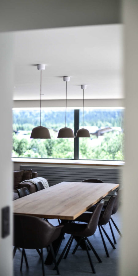 https://chevallier-architectes.fr/content/uploads/2019/07/Chalet-Norre27-450x900.jpg