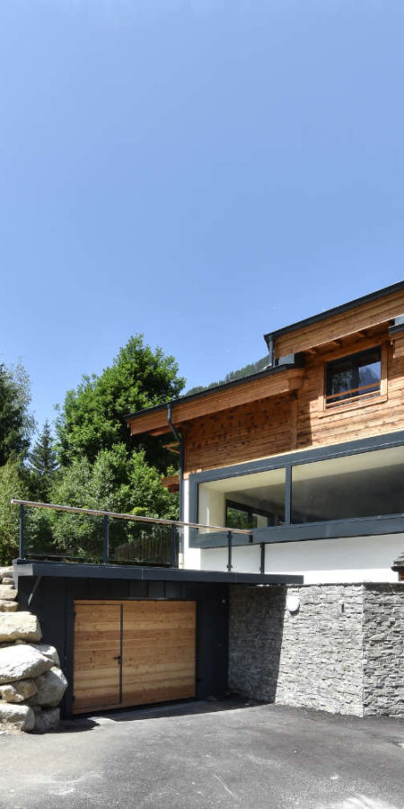 https://chevallier-architectes.fr/content/uploads/2019/07/Chalet-Norre6-450x900.jpg